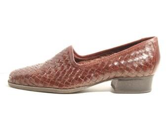 1970s Vintage Basketweave Slip On Loafers Nicole Womens Size 7