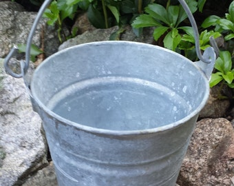 Vintage Galvanized Pail/Bucket with Handle - 5.5""