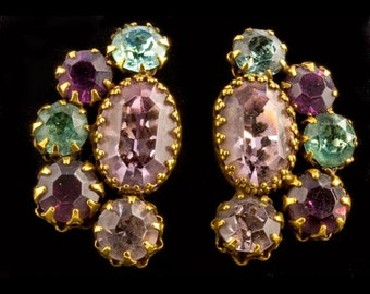 Vendome colored crystal clip on earrings. (ercs662)
