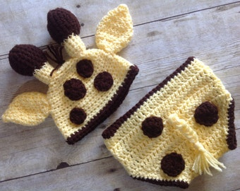 Newborn giraffe hat and diaper cover, baby giraffe hat, crochet giraffe hat, photo prop, baby clothes, coming home outfit, newborn set