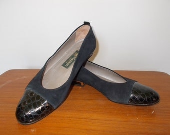 Vintage shoes 90s Mezzan Boutique Made in Italy Navy suede shoes ballet pumps size UK 5 EU 38 US 7