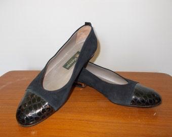 Vintage shoes 90s Mezzan Boutique Made in Italy Navy suede shoes ballet pumps size UK 5 EU 38 US 7