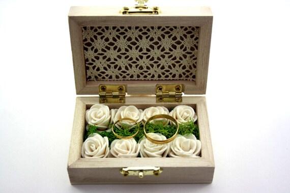 Coffre alliances tableau à personnaliser avec initiales vintage champêtre rustique initiale de mariage noms des mariés date de mariage