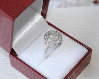 FINAL MARKDOWN Superb Vintage 18 Carat White Gold Diamond Ring 3.87 Grams.