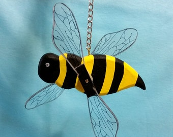 Bummble Bee Whirligig for Indoor or Outdoor Decoration
