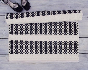 Black and white cotton rug, handmade, soft and thick, reversible, woven on the loom, made to order