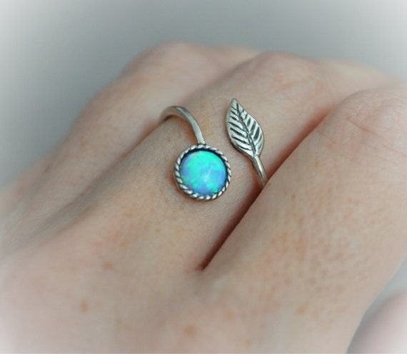 9 Best Opal Stone Ring Designs For Men And Women