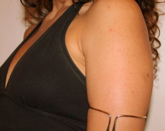 Minimal Gold - Silver Upper arm cuff - arm band Handmade hammered Simple Arm Band