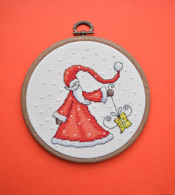 Santa embroidery hoop art - Scandi style christmas decoration - Santa Claus ornament - Completed cross stitch -  Red christmas wall decor
