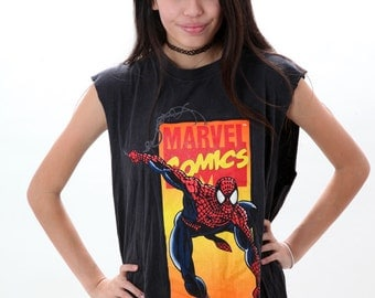 Cropped Spider Man Marvel Tee