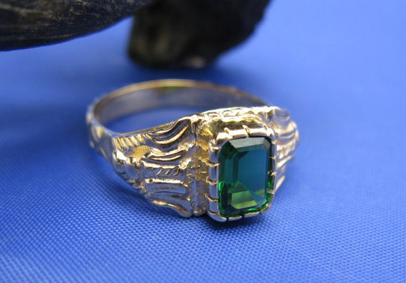 highly detailed atocha shipwreck royalty ring emerald
