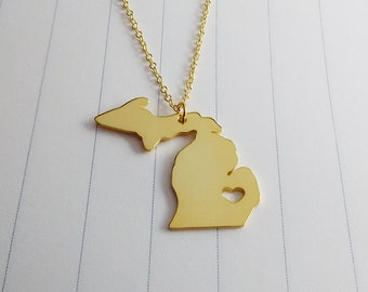 MI State Necklace,Michigan State Charm Necklace,Gold Michigan State Necklace,State Shaped Necklace  With A Heart