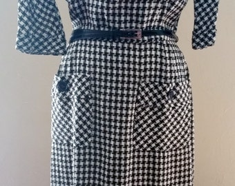 Unique Nelly Don Houndstooth Wiggle Dress Circa 1950's/1960's