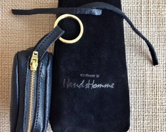 The Classic Black by HandsHomme - The hand made leather key pouch