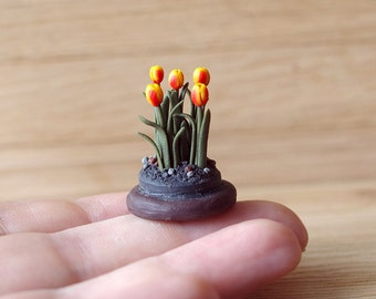 Florarium , mini flowers , tulips - for miniature dollhouse