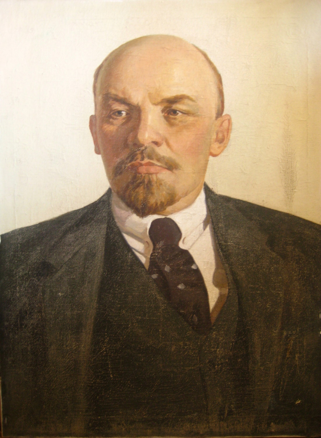 lenin a russian revolutionary leader Vladimir ilich lenin encyclopædia britannica, inc if the bolshevik revolution is—as some people have called it—the most significant political event of the 20th century, then lenin must for good or ill be regarded as the century's most significant political leader.