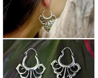 Tribal leaf earrings