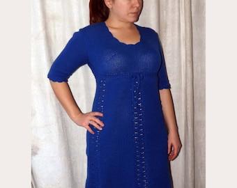 Knitted dress from semi-woolen yarn.