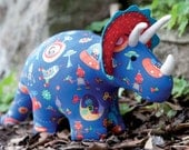 Darcy the Dinosaur toy sewing pattern T8993