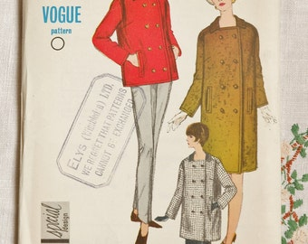 Vintage coat pattern, Vogue 6616, coat, jacket pattern 1965, size bust 34 Inches, unused and in factory folds