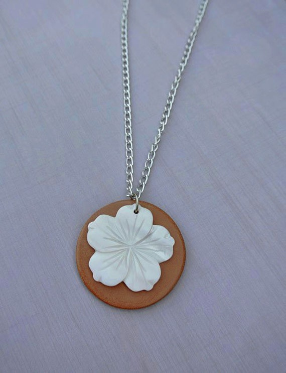 Terracotta Neck Pendant Diffuser ~ White shell flower terracotta diffuser necklace by staggsquare