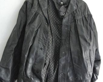 oversized vintage real leather jacket / black, bat-wing with embossed leather / unisex L/XL 14-20 UK