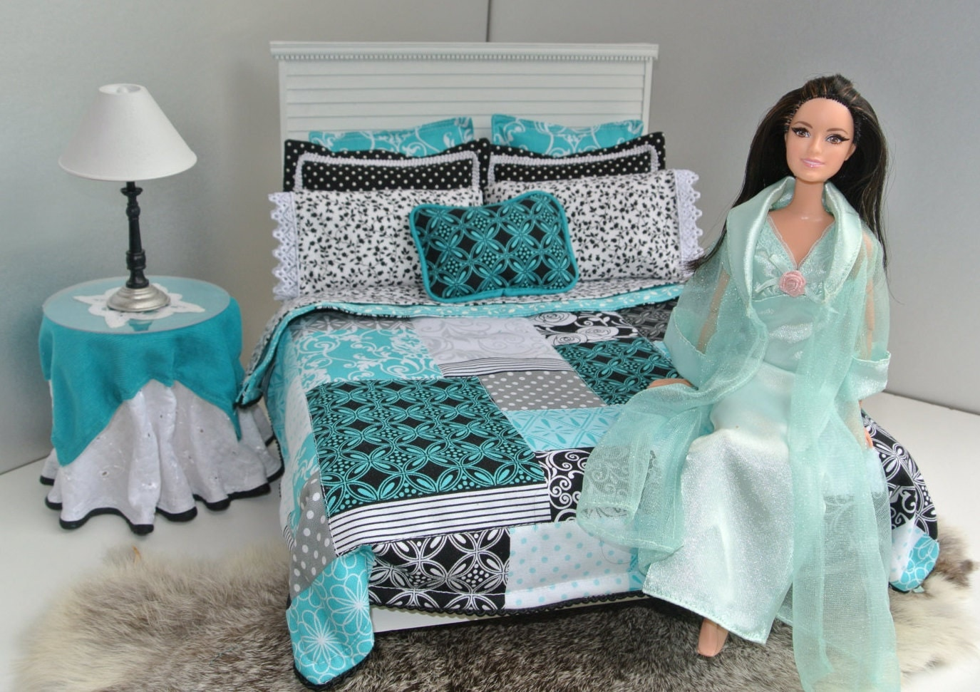 1 6 Scale Barbie Doll Patch Queen Size Bedroom Set