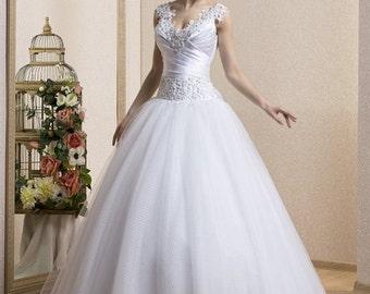 Ball-Gown  Lace  Organza Wedding Dress