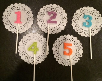 Numbers 1-5 chocolate Lollipops