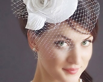 Wedding Fascinator Wedding Hairstyles Wedding Hat Veil Bridal hair  Bridal Headpiece Hair updos White fascinator Bridal Hairstyles