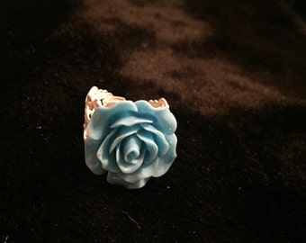Turquoise blue rose cabochon ring
