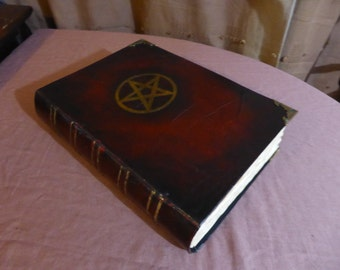 Big Blank Book of Shadows Vintage Old Journal Gold Pentagram Pagan Wiccan Witch Craft Creepy A4 diary