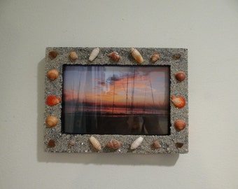 Beach Art Frame with Sand Seashells and Sea Glass, Sand, Sea Glass and Seashell Decorated Frame,