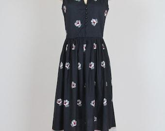 sleeveless summer dress / 1990s vintage / cotton floral dress / button bodice