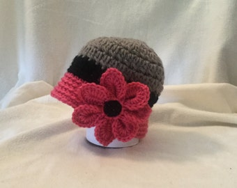 Crocheted baby cloche size 0-6 months