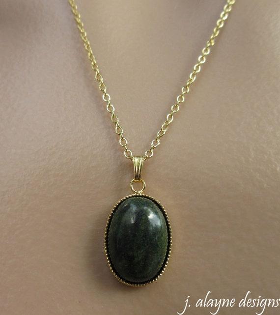 Russian Serpentine Necklace. Serpentine Pendant. Green  Russian Serpent...