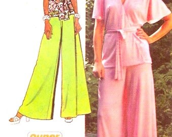 70s Wrap top flared pants retro style Wide leg palazzo pants vintage sewing pattern Simplicity 5574 Sz 12