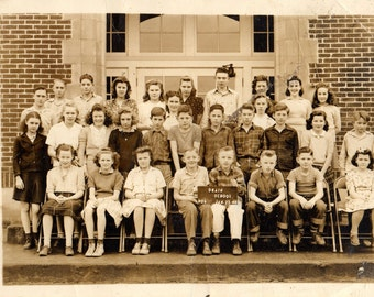 DRAIN SCHOOL OREGON Class Photo 1946 Sepia Photograph