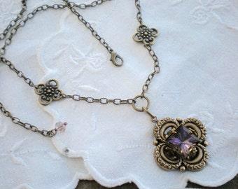 oO HELIOTROPE Oo Rivoli and brass flower necklace