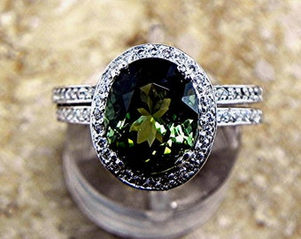 AAAA Vivid Green Tourmaline   10x8mm  2.75 Carats   14K yellow gold and diamond bridal set(.40ct) Ring. 0739 B108 MMM