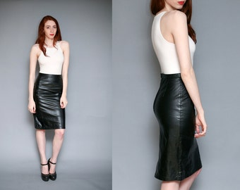 Vintage High Waisted Leather Pencil Skirt - Size Xs/Small