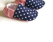 Baby Shoes, Stars and Stripes /  Baby Moccs / Baby Moccasins / Soft Soled Baby Shoes / Vegan Baby Shoes / Vegan Moccs / Vegan Moccasin