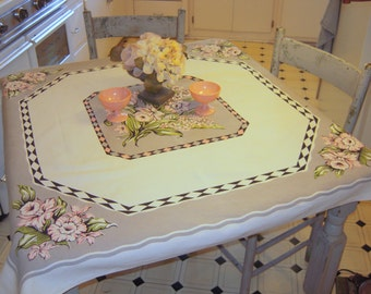 Vintage Tablecloth Pretty Pink Daffodils & Tulips