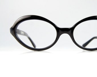 Vintage Black Oval Cat Eye Sun/Eyeglasses Optical Frame France 46/18""