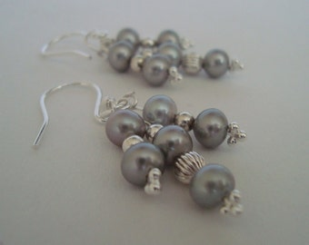 Grey Pearl Pendant Earrings