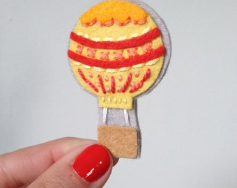 Pin, Hot Air Balloon Brooch, Novelty item brooch, ready to gift for her, gift under 20, hand sewn - OOAK by HibouDesigns