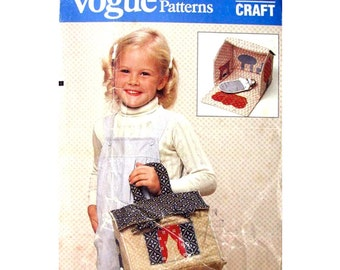 Folding Doll House Pattern Vogue 8590 Quilted Doll House Doll & Accessories Travel Toy Craft Sewing Pattern