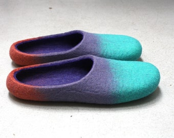 "Chewing"" Felted wool slippers made to order"