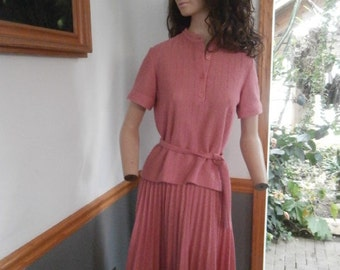 Womens Skirt Outfit~ Nubby  Rose Knit Skirt /Top / Belt  60's Marty Gutmacher