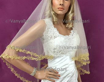 Two tier veil with gold lace and champagne tulle in fingertip length, bridal veil with beaded lace trim edge and champagne tulle